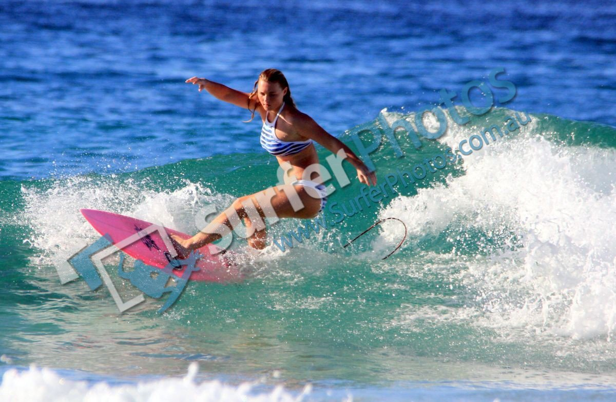 Girls of Snapper Rocks – 22 April 2015
